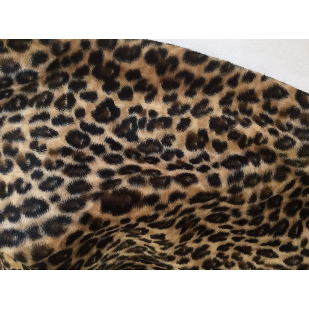 fausse fourrure leopard mercerie voilage. Black Bedroom Furniture Sets. Home Design Ideas