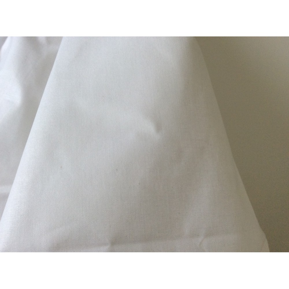 tissus 100 coton blanc mercerie voilage. Black Bedroom Furniture Sets. Home Design Ideas