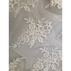 dentelle de robe de mariée
