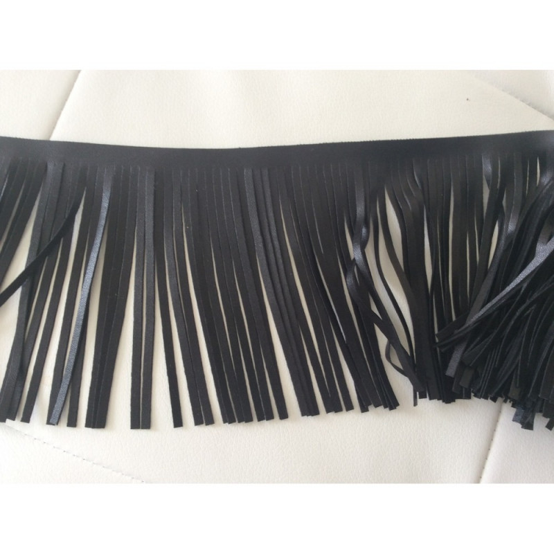 Frange en simili cuir noir