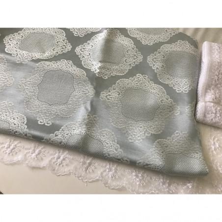 Nappe brodé gris 220*160 cm