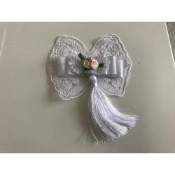 Noeud de papillon blanc