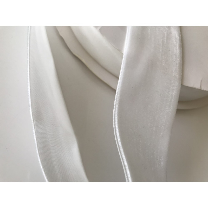 Ruban velour blanc  4 cm