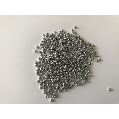 Perle de rocaille argent