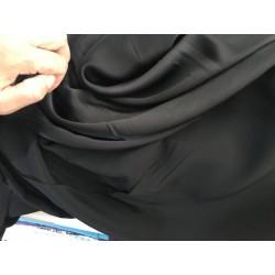Satin de soie noir