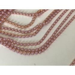 Chaine de perle vieux rose...