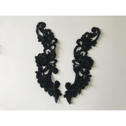 Applique noir avec perle