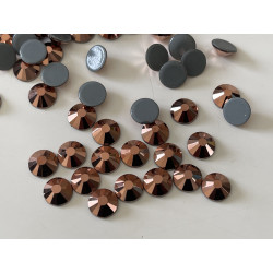 Strass couleur bronze