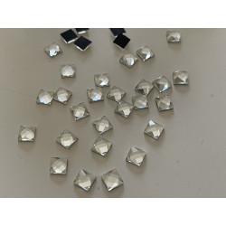 Strass caré en cristal de 6 mm
