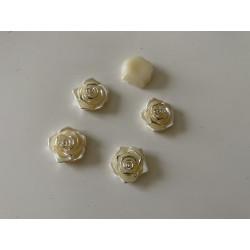 Cabochon en forme de rose