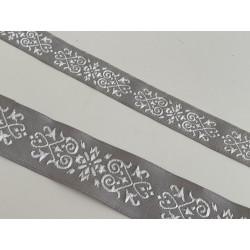 Galon medieval gris et blanc