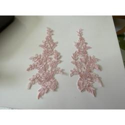 Applique rose poudre