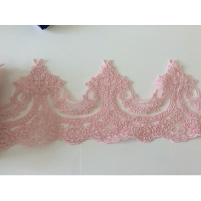 Dentelle rose