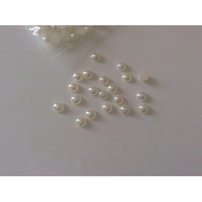 Demi perle
